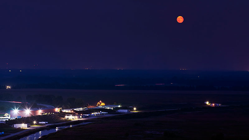 This photo, snapped on Sept. 14, shows a full moon decorating the sky over Fermialb. Photo: Marty Murphy, AD