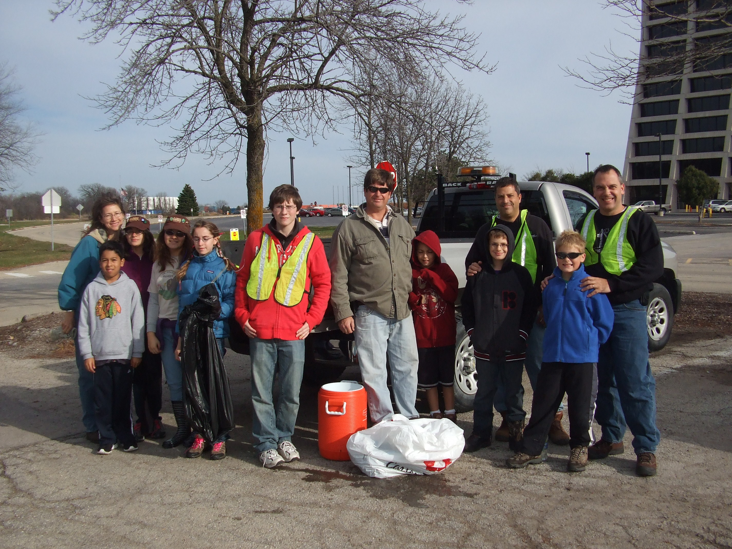 On Saturday, Nov. 12, Michael Shemanske, son of Dave Shemanske (FESS), organized a cleanup of the area outside of Wilson Hall all the way to Pine Street and Kirk Road as part of a school leadership project. The volunteers, including Prarie Rangers and Cub Scout Pack 153, collected several bags of garbage. Photo: Dave Shemanske