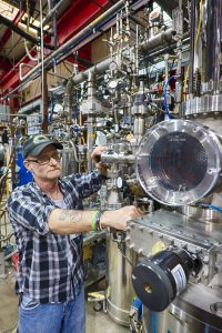 William Miner works at the Proton Assembly Building. Photo: Reidar Hahn