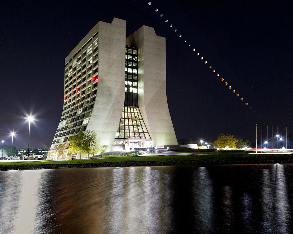 The Oct. 8 lunar eclipse by Wilson Hall. Photo: Marty Murphy, AD