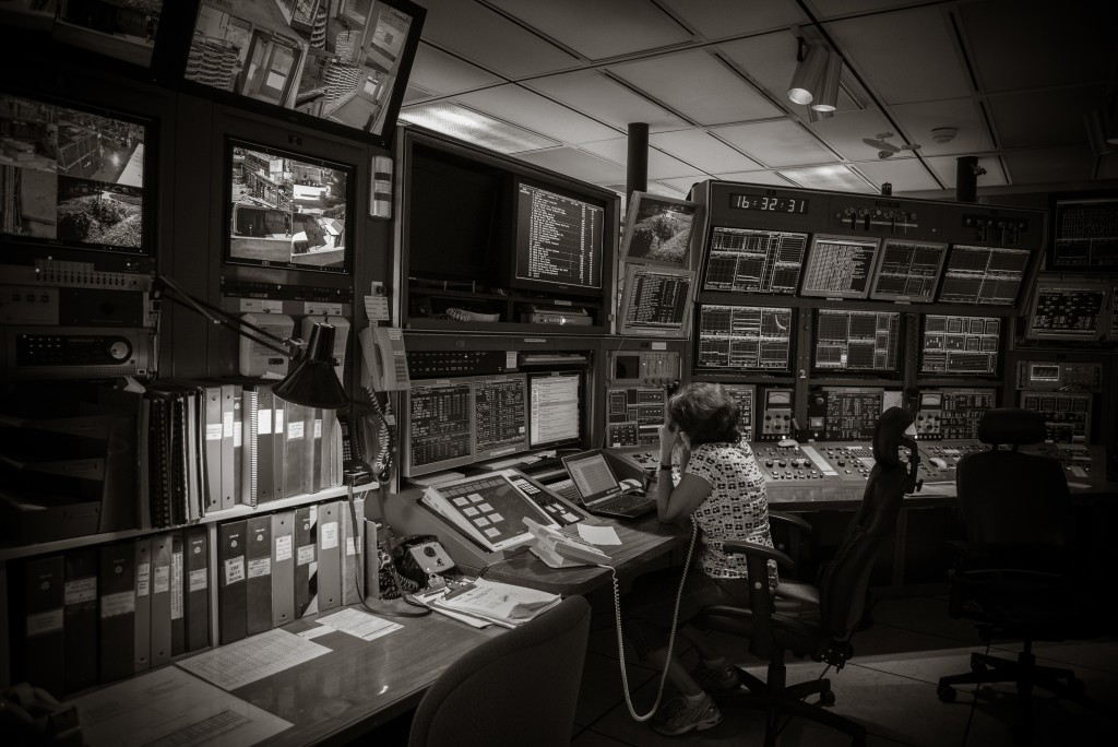 Katy Mackenzie's photo of the Main Control Room at TRIUMF in Vancouver, Canada, won first place in the juried competition of the Global Physics Photowalk. Photo: Katy Mackenzie.