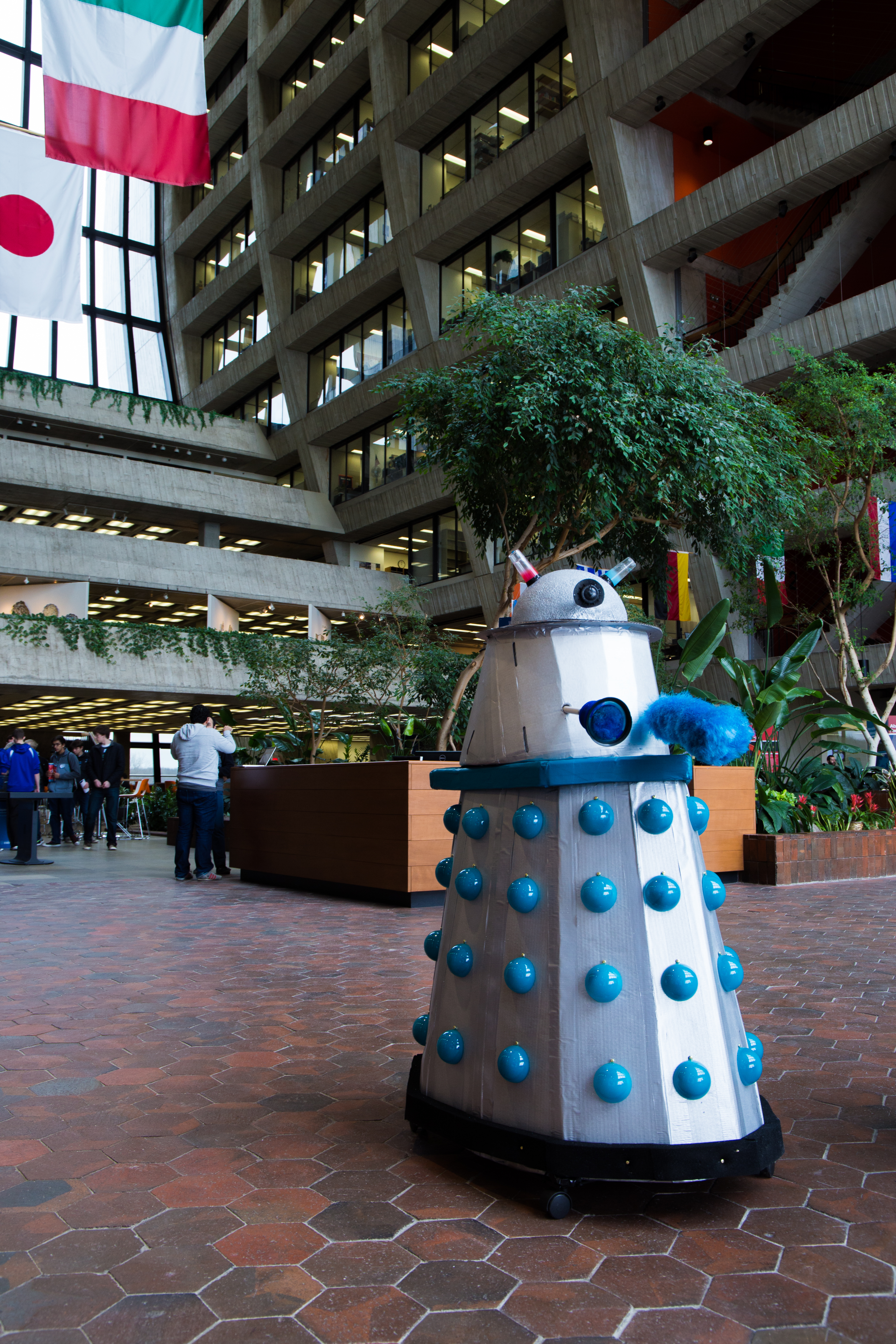 Daleks visited Fermilab to exterminate. Good luck doing that in broad daylight. Ten-year-old Elise Aponte, daughter of Evelyn Aponte, created this Dalek model. Photo: Rashmi Shivni, OC