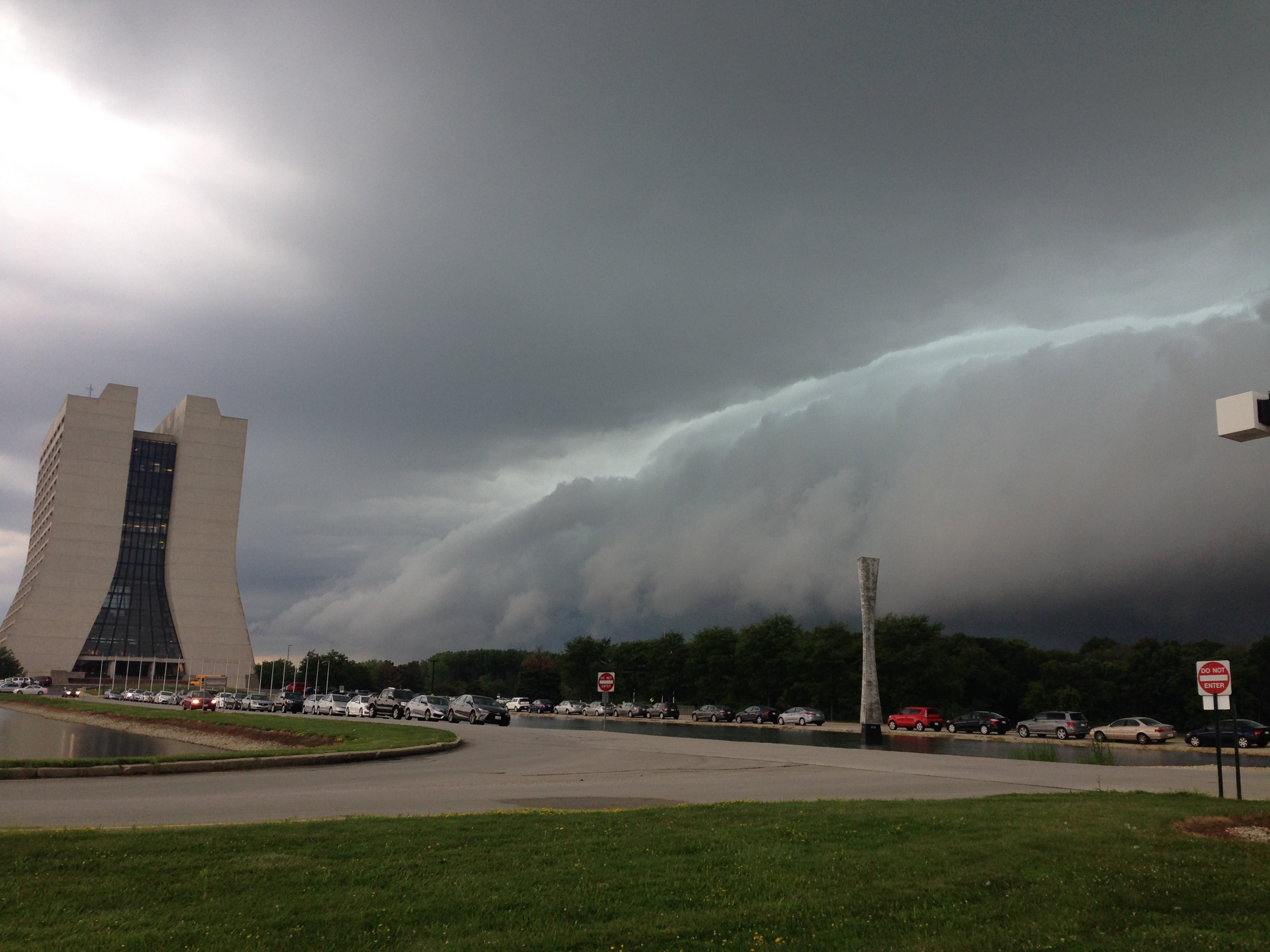 A storm arrives at Fermilab on July 28. Photo: Ben Galan