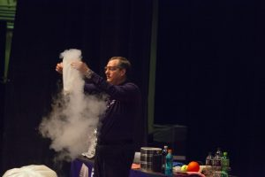 The Chicago Public Library branches are hosting pop-up physics presentations, including a cryogenics show, between Aug. 4 and 10. Check the schedule to see when and where the presentations will take place.