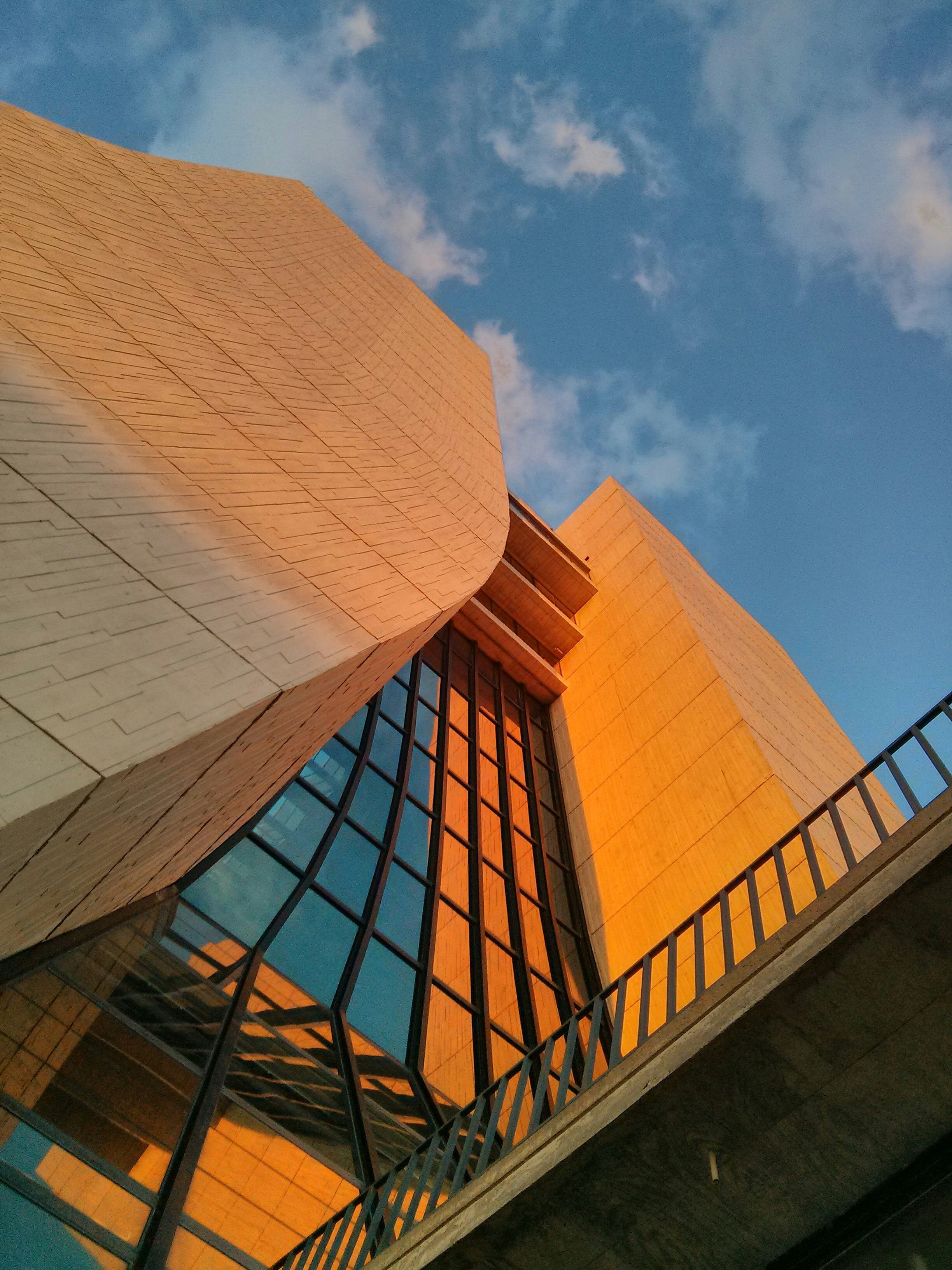 The sun sets on Wilson Hall on a September Saturday night. Photo: Georgia Schwender