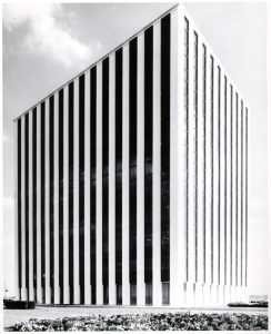 The first office building for National Accelerator Laboratory was in Oak Brook. In 1967 it was the only tower in Oak Brook Executive Plaza. Photo: Fermilab