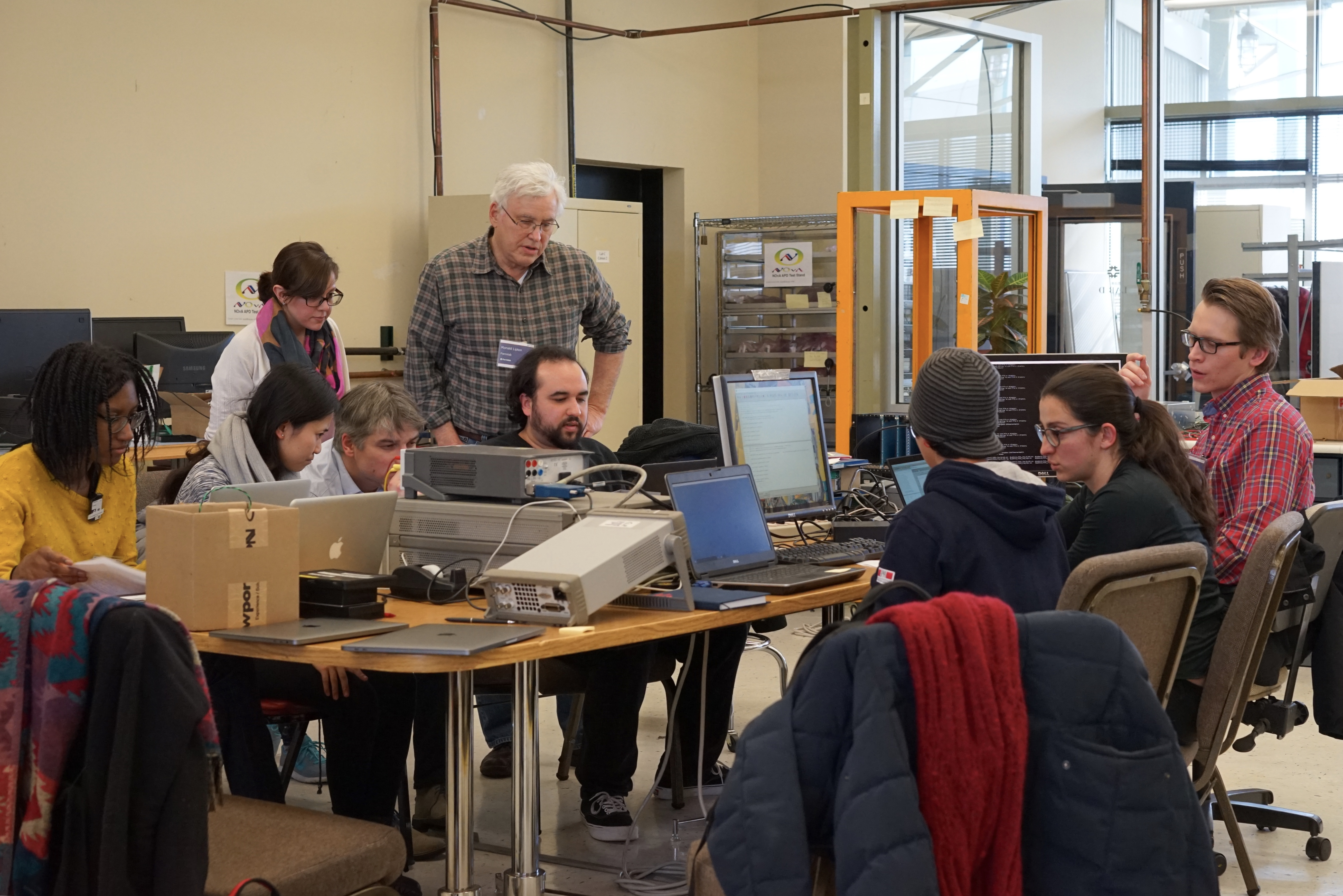(1/3) Ron Lipton teaches the EDIT 2018 students how to make current-voltage and capacitance-voltage measurements on various silicon detector samples. Photo: Leticia Shaddix
