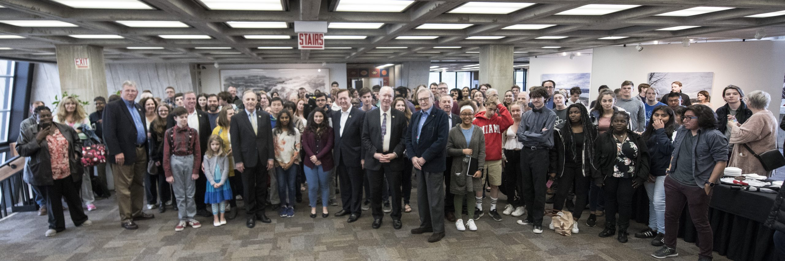 Fermilab Director Nigel Lockyer, Nobel laureate Carlo Rubbia and members of the House Science Committee posed with the high school students of the Spring 2018 Saturday Morning Physics program at Fermilab. Photo: Reidar Hahn