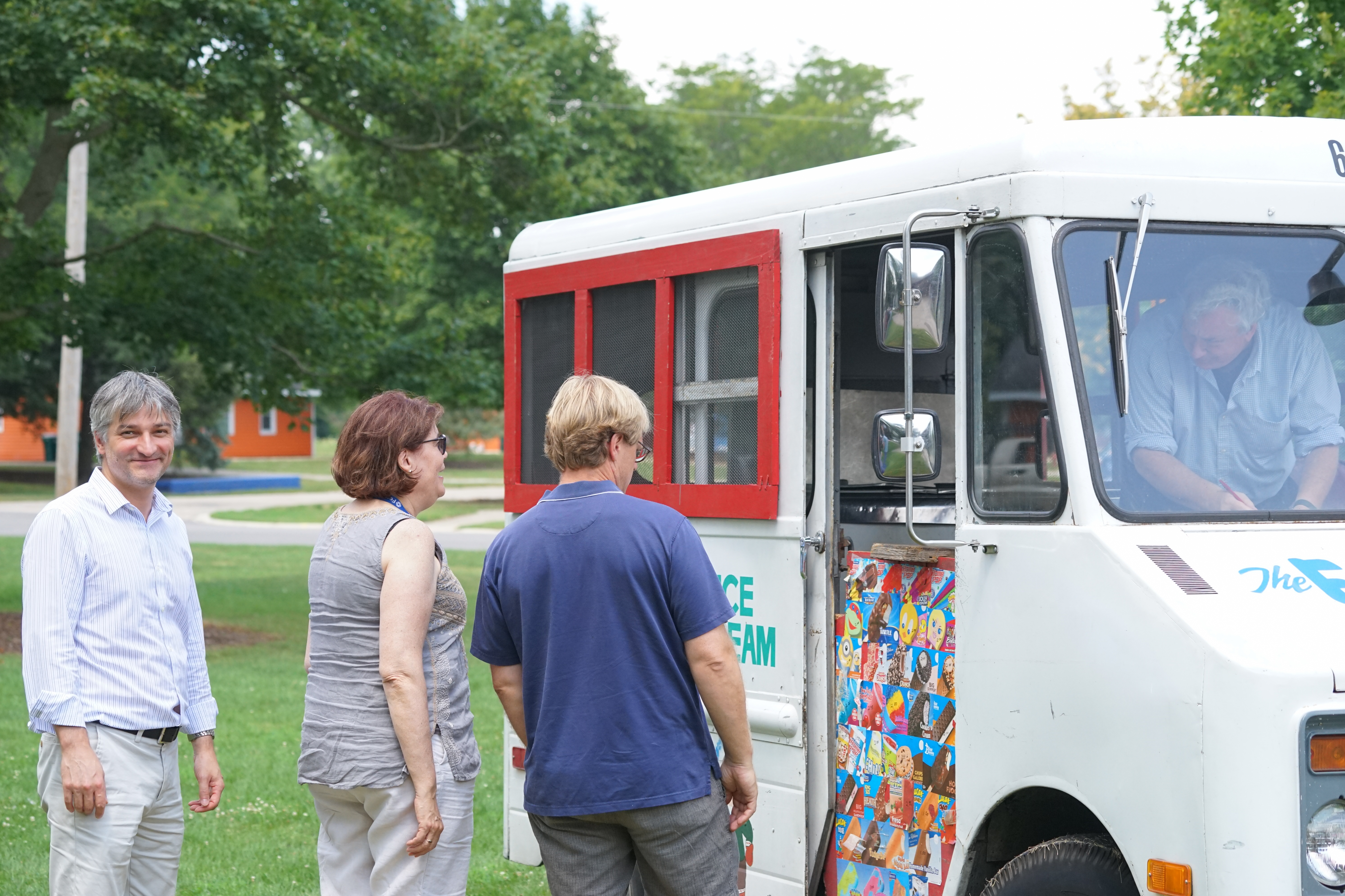 (3/5) It's an ice cream truck! What more could you want? people, lab life Photo: Leticia Shaddix