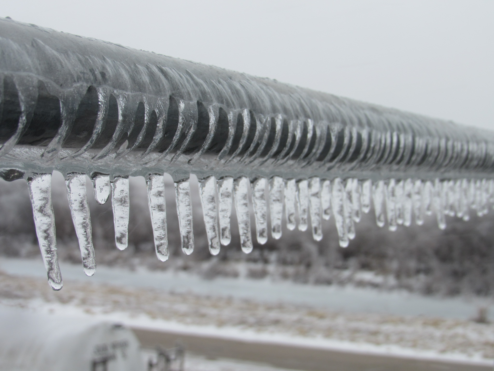 (1/3) Icicles form on a rail. winter, ice, everyday objects Photo: Luciano Elementi