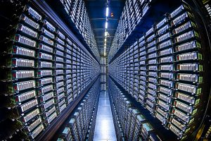 Fermilab operates the world's largest CMS Tier-1 facility. It provides 115 petabytes of data storage, grid-enabled CPU resources and high-capacity network to other centers. Photo: Reidar Hahn