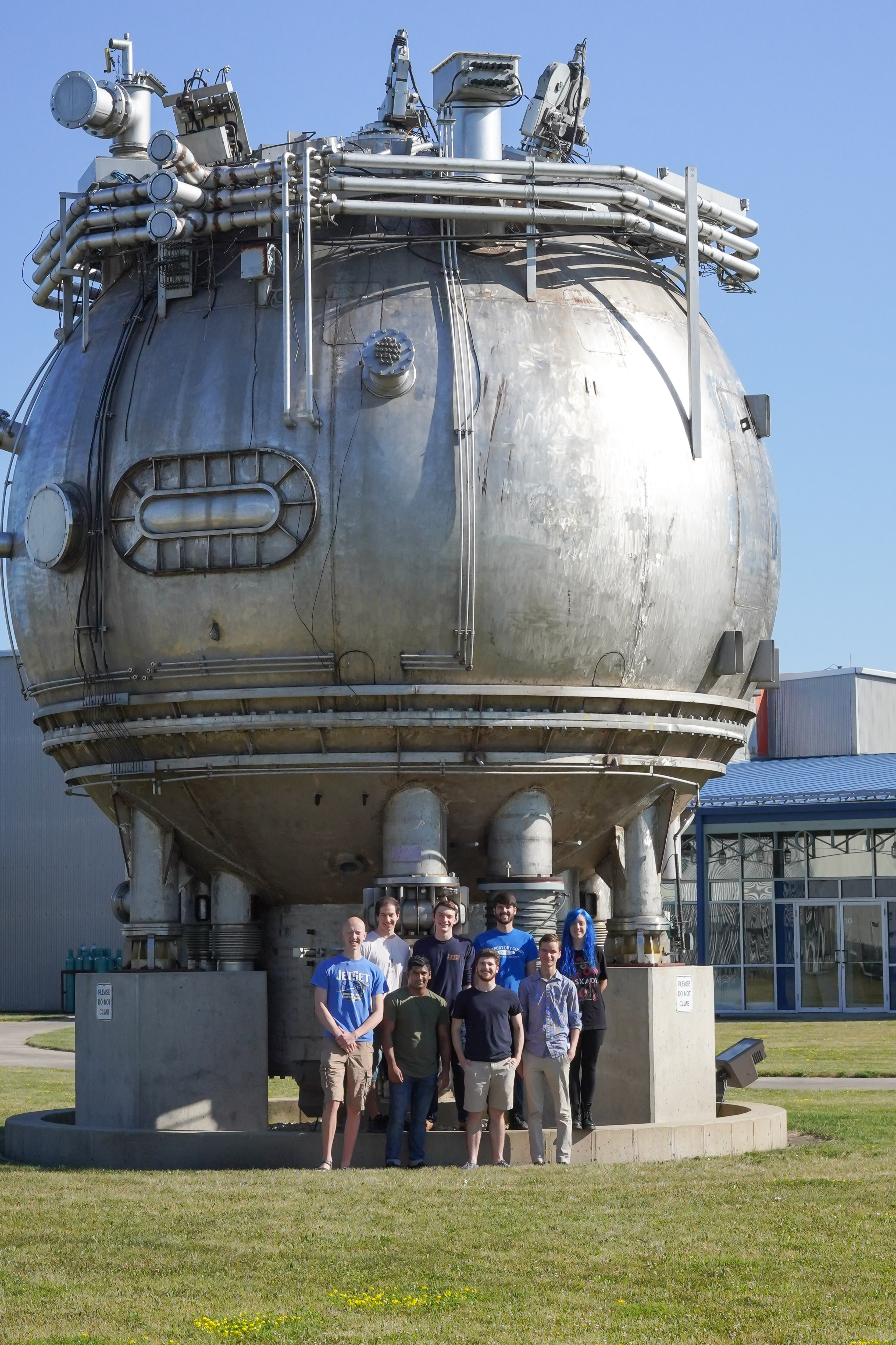 (3/4) Who doesn't want their picture with the Bubble Chamber? Front row, from left: Kyle Wahlberg, Sravan Munagavalasa, Scott Israel, Peter Camporeale. Back row, from left: Luke Chaplinsky, Sam Atac, Michael Campanella, Rosemary Halenza. people, summer, Bubble Chamber Photo: Leticia Shaddix