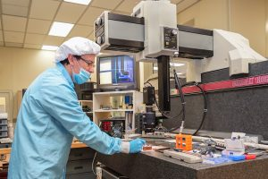 """Humberto """"Bert"""" Gonzalez works on detector modules in Lab D at SiDet in January 2017. people, detector, detector technology Photo: Leticia Shaddix"""