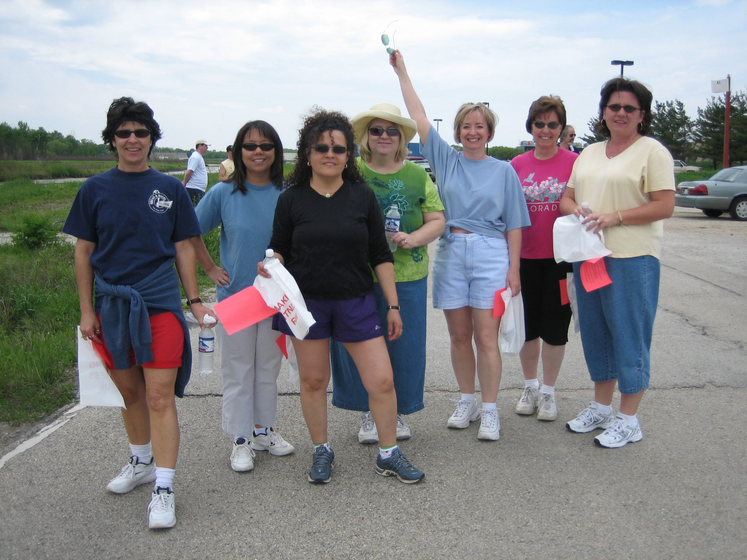 Throwback Thursday: In 2006, this group enjoys their time walking around the Main Ring for fitness. people, lab life Photo: Leticia Shaddix